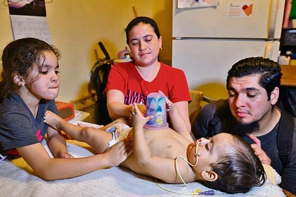 CINDY SANDOVAL teme que su hijo, Luis Eduardo Aquino fallezca si no recibe a tiempo un trasplante de riñón.