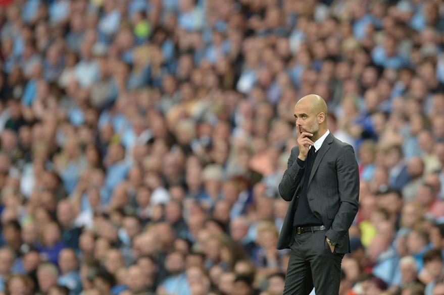 A la premier también se le unieron grandes entrenadores como el español Pep Guardiola al mando del Manchester City. (Foto Prensa Libre: AFP)