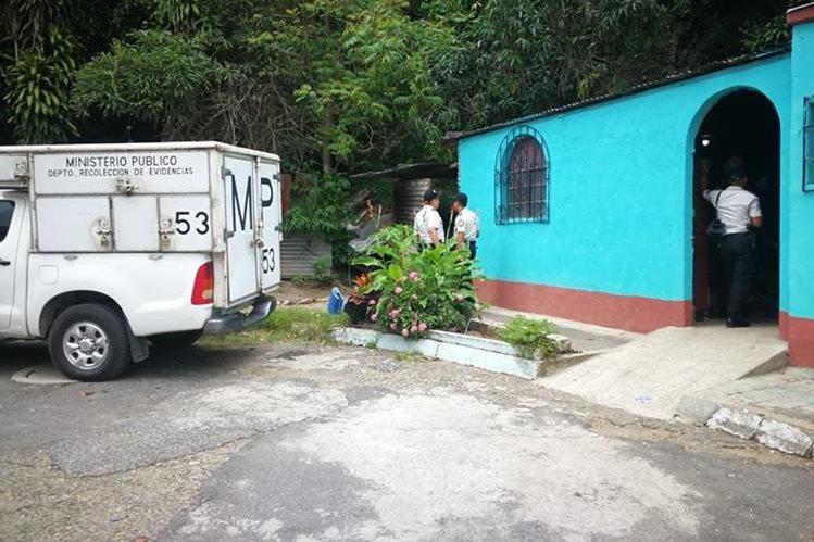 Fuerzas de seguridad allanan una vivienda en San Miguel Petapa en búsqueda de responsables de asesinato. (Foto Prensa Libre: Hemeroteca PL)