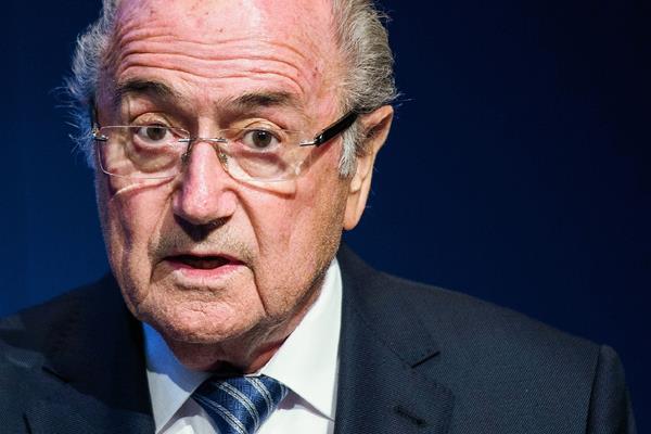 Sepp Blatter sorprendió al mundo tras su renuncia a la presidencia de la Fifa. (Foto Prensa Libre: Hemeroteca PL)