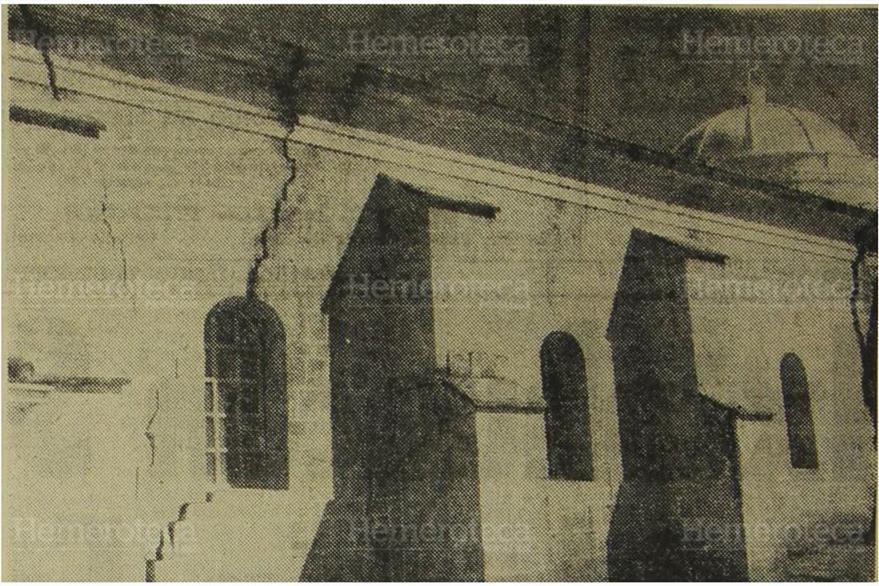 Iglesia de Santa Catarina Ixtahuacán presentaba grietas en sus muros. (Foto: Hemeroteca PL)
