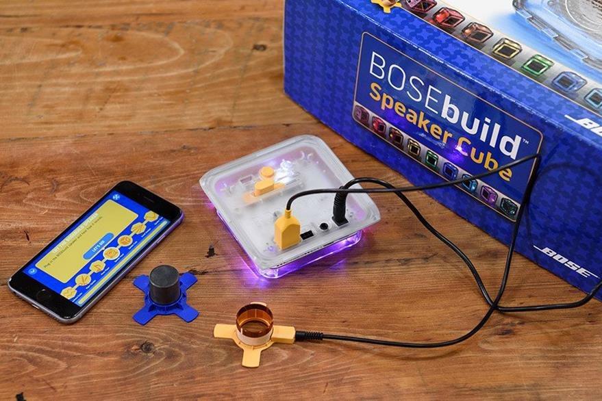 El funcionamiento de los imanes y las formas de onda son parte de las lecciones. (Foto Prensa Libre: Bose).