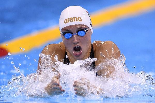 Katinka Hosszu ganó su segunda medalla de oro en los Juegos Olímpicos. (Foto Prensa Libre: AFP).