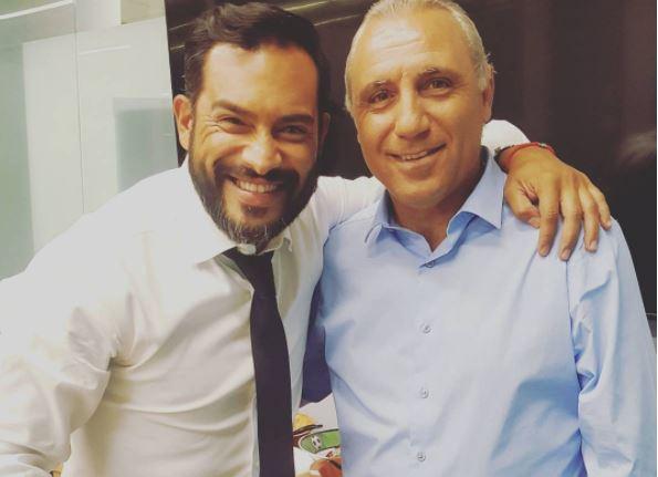 Ruiz junto a Hristo Stoichkov, ganador del  Balón de Oro en 1994. (Foto Prensa Libre: Instagram Carlos Ruiz)