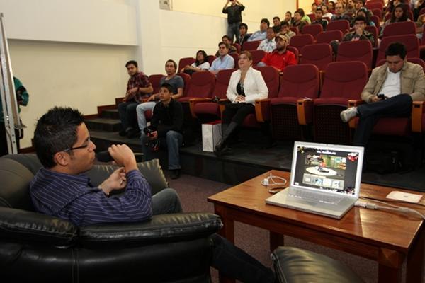 """<p>Jóvenes buscan incursionar en el mundo tecnológico. (Foto Prensa Libre: Erick Avila)<br _mce_bogus=""""1""""></p>"""