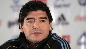 Maradona expresó sus condolencias por los fallecidos en Francia, Siria, Líbano y Palestina. (Foto Prensa Libre: Hemeroteca PL)
