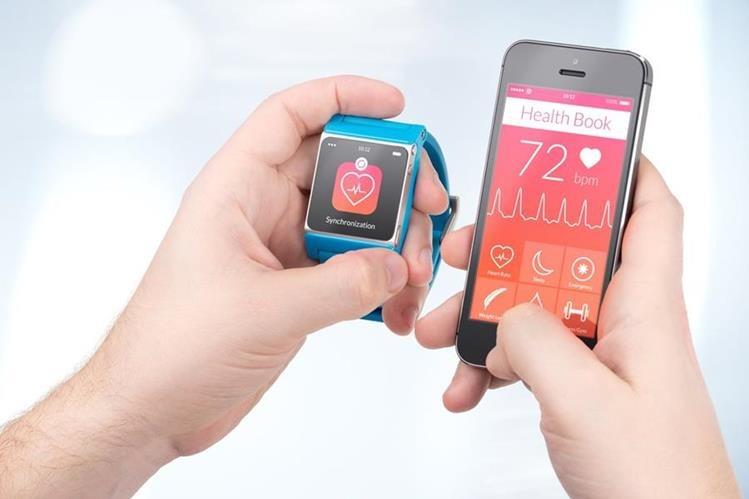 Los relojes inteligentes y otros aparatos similares también pueden ser el objetivo de los hackers. (Foto: Hemeroteca PL).