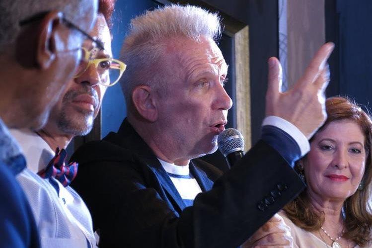 Jean Paul Gaultier, diseñador francés, asegura que República Dominicana será el aire de inspiración para sus próximas colecciones. (Foto Prensa Libre: AP).