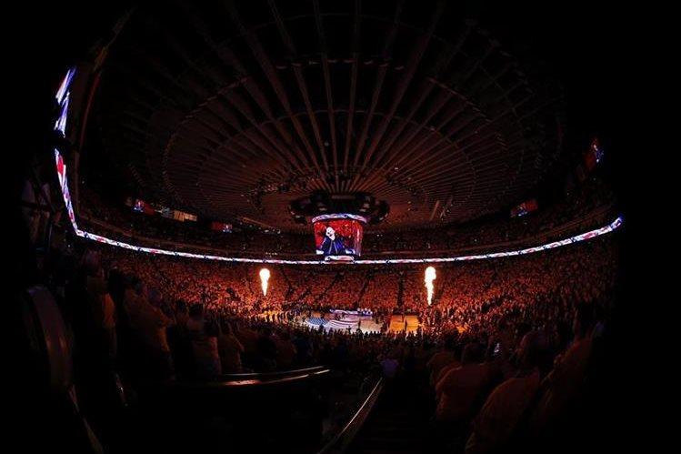 La pelea por el título de la NBA continúa. (Foto Prensa Libre: Hemeroteca PL)