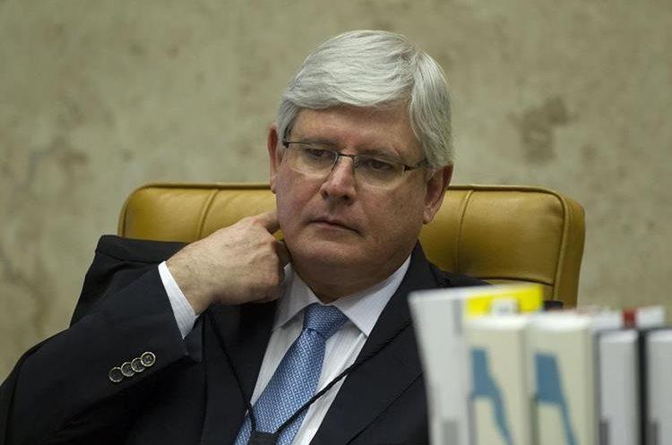 El procurador general de la República, Rodrigo Janot, pide investigar a ministros de Temer. (EFE)