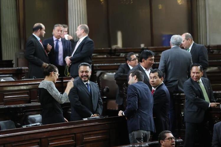 Los diputados no conocieron la solicitud de ampliación de estado de Calamidad. (Foto Prensa Libre: Érick Ávila)