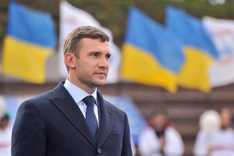 Andréi Shevchenko es el nuevo entrenador de Ucrania. (Foto Prensa Libre: Hemeroteca PL)