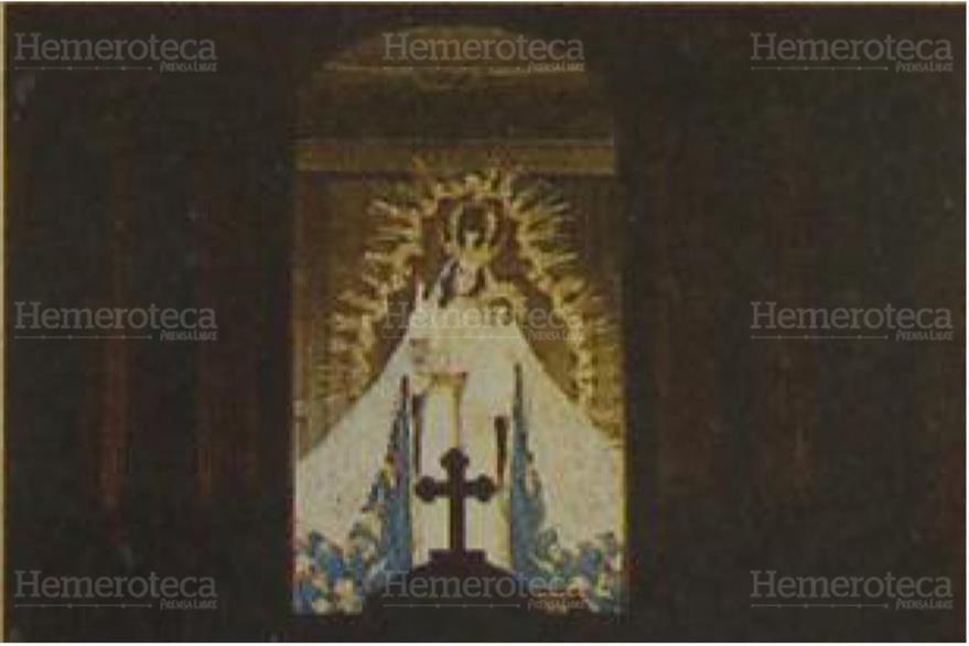 Altar mayor de la iglesia de Candelaria, en la zona 1 capitalina. (Foto: Hemeroteca PL)