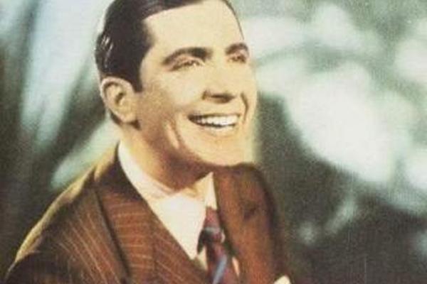 """<p>A Carlos Gardel se le rendirá un homenaje a través de un sello postal con su imagen.<br _mce_bogus=""""1""""></p>"""