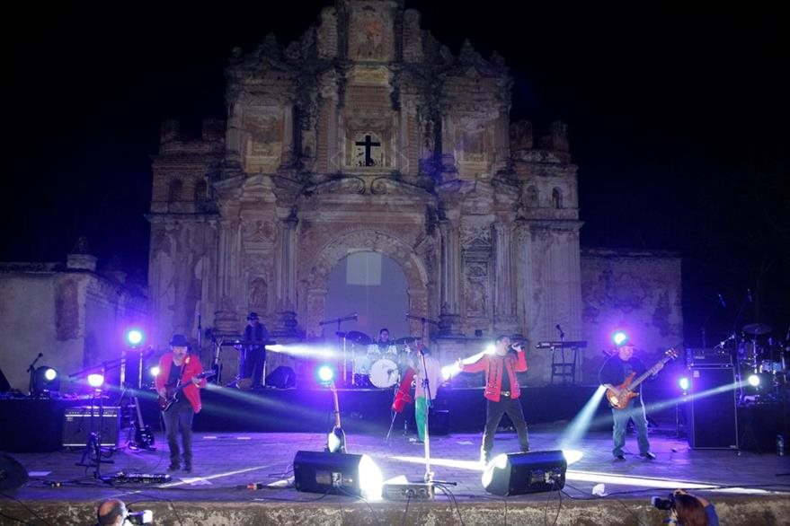 La banda nacional Alux Nahual fue la encargada de cerrar Voz Guate (Foto Prensa Libre: Renato Melgar).