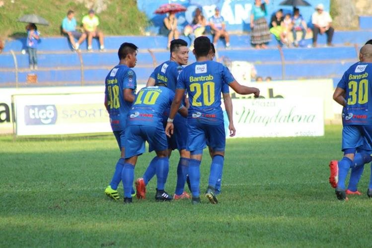 Cobán Imperial vive un buen momento en el Clausura 2017. (Foto Prensa Libre: Eduardo Sam Chun)