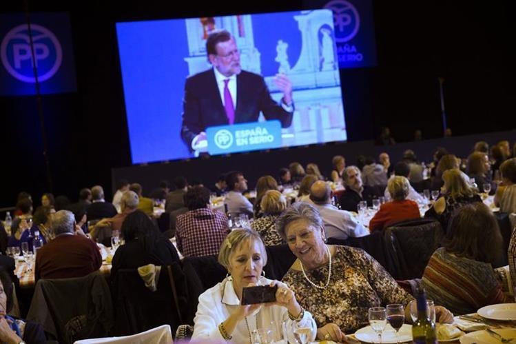 Los españoles acudirán a las urnas este domingo. (Foto Prensa Libre: AP).