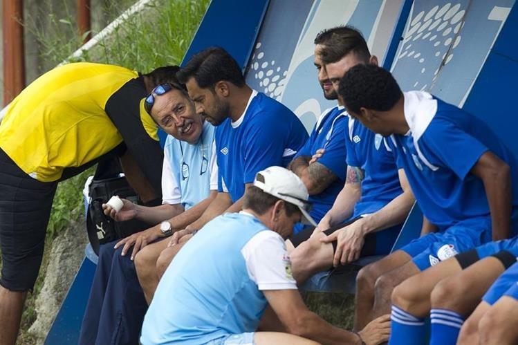Carlos Ruiz se entrenó por última vez con la Selección, tras el anuncio de su retiro. (Foto Prensa Libre: Norvin Mendoza).