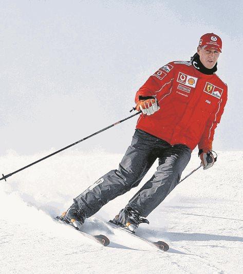 El accidente de Schumacher tuvo lugar en diciembre de 2013, cuando esquiaba con su familia y amigos. Sufrió una peligrosa caída y se golpeó con una roca la cabeza. (Foto Prensa Libre: Hemeroteca PL)
