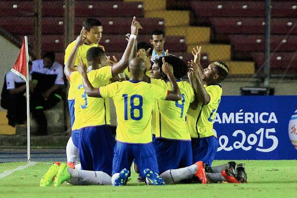 Es el segundo amistoso entre ambos equipos en tan sólo tres días. (Foto Prensa Libre: EFE)