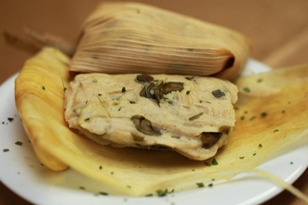 <p>El tamalito de chipilín es un clásico de la gastronomía guatemalteca, la cual responde a patrones culturales forjados con el tiempo. (Foto Prensa Libre: Óscar Rivas)<br></p>