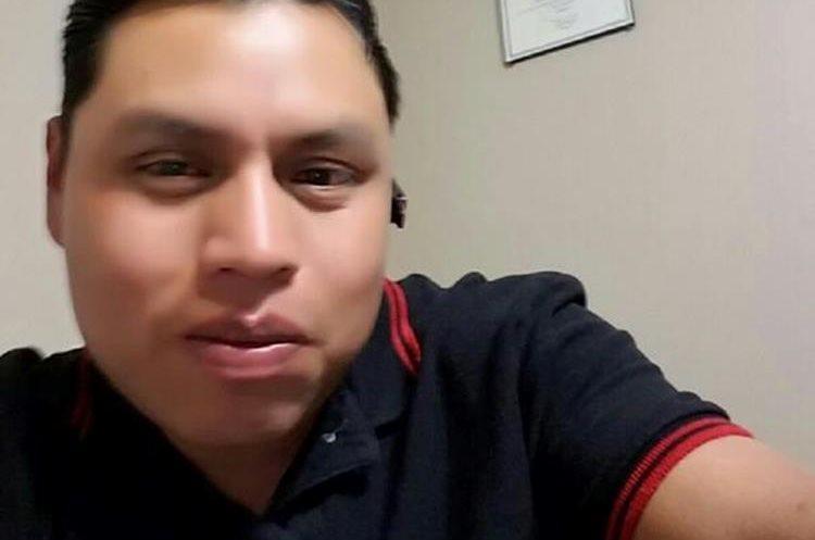 René García Yac, migrante de Sololá que entrena perros policías en Estados Unidos. (Foto Prensa Libre: Facebook)