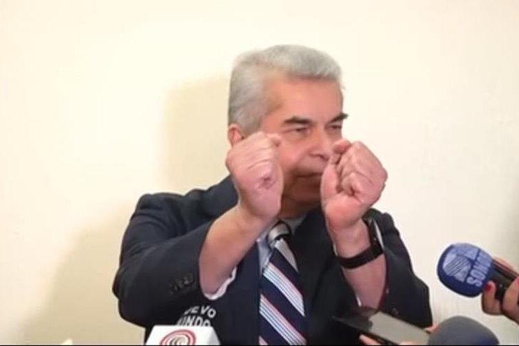 El diputado Luis Rabbé pide que se le aprese, días antes de que el Ministerio Público anunciara que lo investiga por caso de plazas fantasma. (Foto Prensa Libre: Hemeroteca PL)