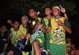 La afición y jugadores celebraron la obtención del título del Clausura.