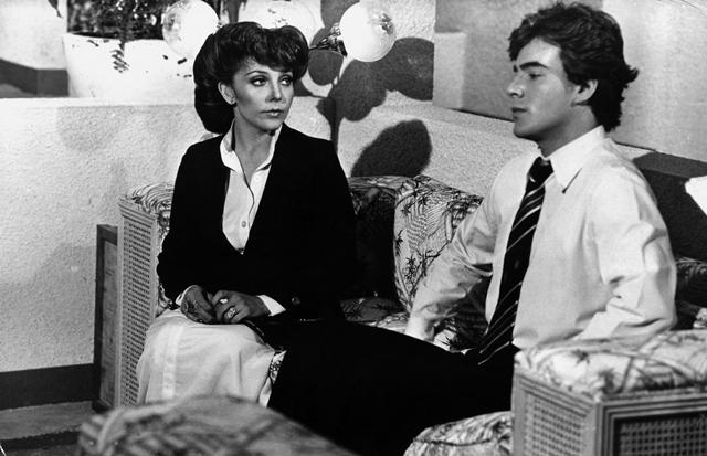 Escena de Los ricos también lloran (1979), la telenovela que le dio fama mundial a Verónica Castro, que en ese entonces tenía 27 años. (Foto: Hemeroteca PL).