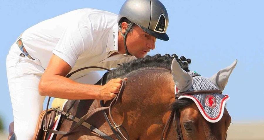 EL jinete argentino Mariano Ossa fue sancionado por el dopaje de su caballo Up Dat 2. (Foto Prensa Libre: www.insidethegames.biz)