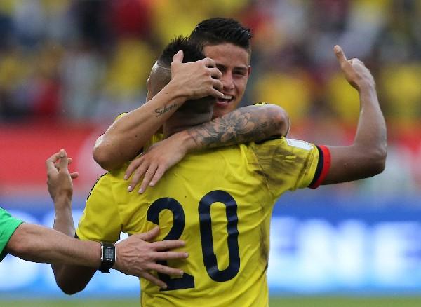 James Rodríguez fue la gran figura para que Colombia venciera a Venezuela, en Barranquilla. (Foto Prensa Libre: AP)