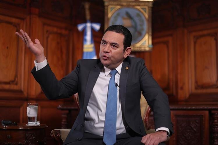 Presidente Jimmy Morales en entrevista con Prensa Libre. (Foto Prensa Libre: Hemeroteca PL)