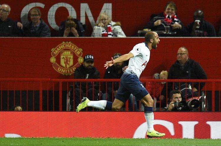 Lucas Moura anotó un doblete en la victoria de los Spurs 3-0 contra los Red Devils. (Foto Prensa Libre: AFP)