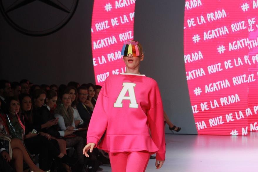 La española Ágatha Ruiz mostró sus diseños en el MBFGT 2016. (Foto Prensa Libre: Estuardo Paredes)