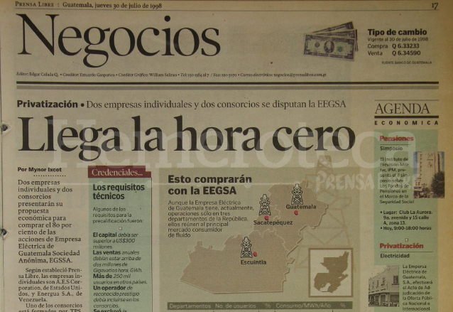Nota de Prensa Libre del 30 de julio de 1998 informando sobre la venta de EEGSA. (Foto: Hemeroteca PL)