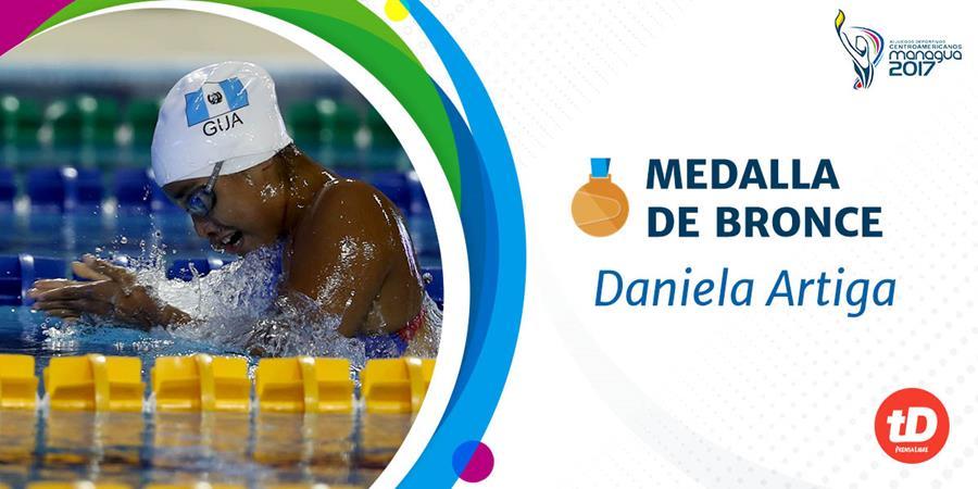 Daniela Artiga consiguió la medalla de bronce en los 100 metros pecho. (Foto Prensa Libre: Carlos Vicente)