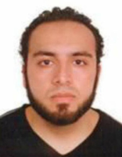 Ahmad Khan Rahami, es buscado como sospechoso de la explosiones en Nueva York. (AFP).
