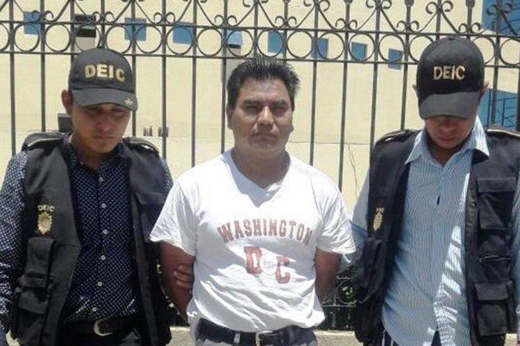 Juan Antonio Gomez Alonzo fue detenido en el municipio de San Miguel Sigüilá, Quetzaltenango. (Foto Prensa Libre: PNCdeGuatemala)