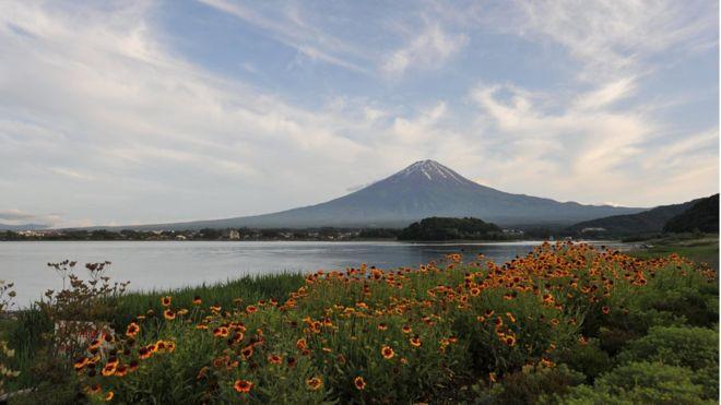 El monte Fuji es la montaña más alta y más famosa de Japón. AFP