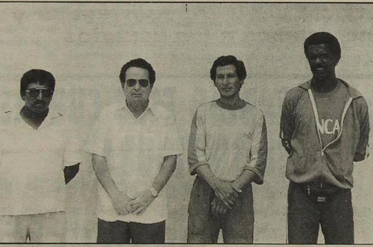 Este era el cuerpo técnico de Xelajú MC campeón de 1996. (Foto Prensa Libre: Hemeroteca PL)