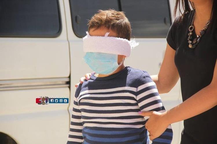 Suazo hizo realidad uno de sus mayores anhelos que era estrechar las manos de los municipes. (Foto Prensa Libre: Cortesía Municipal)