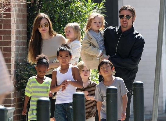 La que fuera la familia Pitt/Jolie ahora pasa por problemas legales. (Foto Prensa Libre: Hemeroteca PL)