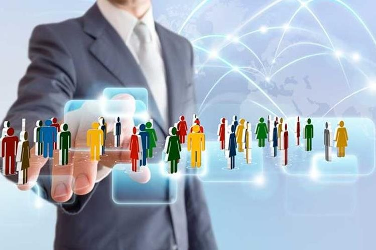Diferentes aplicaciones y herramientas digitales son utilizadas para simplificar la gestión de recursos humanos. (Foto Prensa Libre: www.atrapacursos.com)