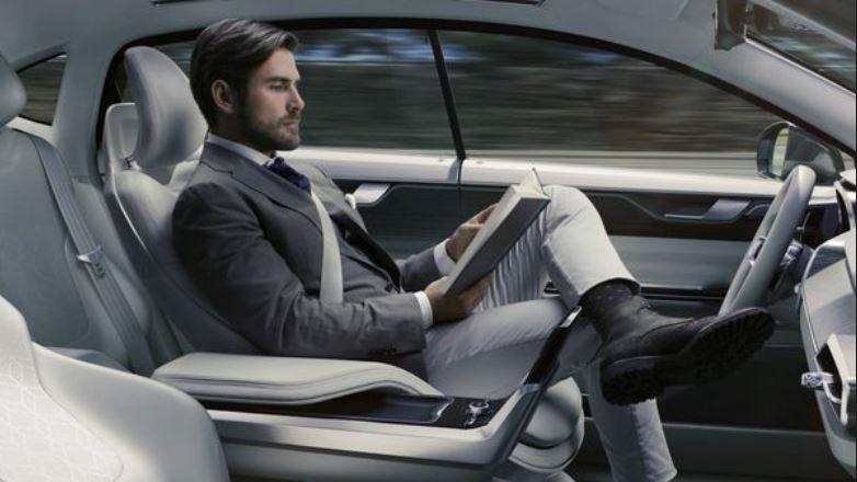 La agencia estatal afirmó que cualquier vehículo autónomo necesitaría cumplir con los estándares federales de seguridad. (Foto Prensa Libre:www.SFMNews.com