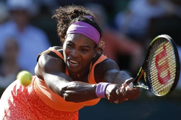 La tenista estadounidense Serena Williams fue elegida junto a Usaint Bolt, deportistas del año 2015. (Foto Prensa Libre: AP).
