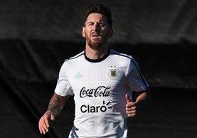 Messi recién acaba de pasar por un proceso judicial por presunta evasión de impuestos. (Foto Prensa Libre: AFP)