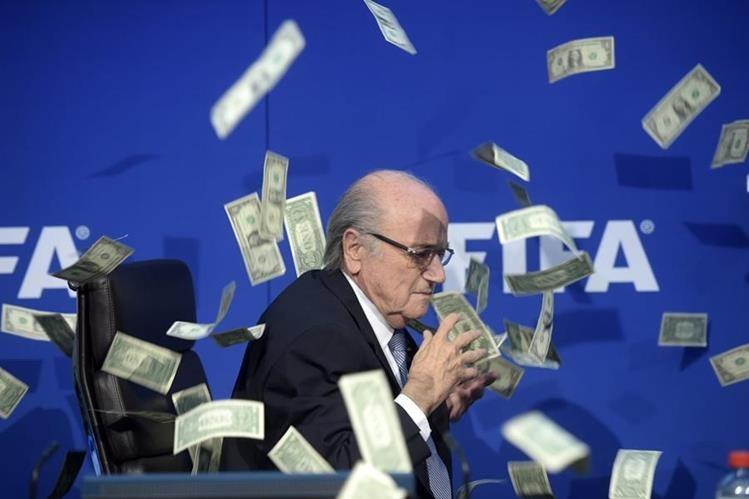 Joseph Blatter es considerado por varias figuras del futbol mundial como uno de los responsables en la corrupción de la Fifa. (Foto Prensa Libre: Hemeroteca PL)