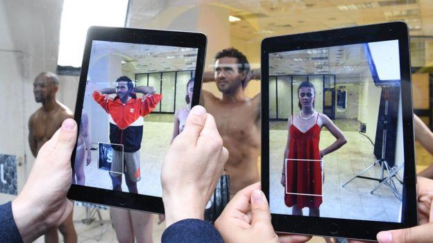 La realidad aumentada puede tener aplicaciones en el mundo de la moda. (GETTY IMAGES)