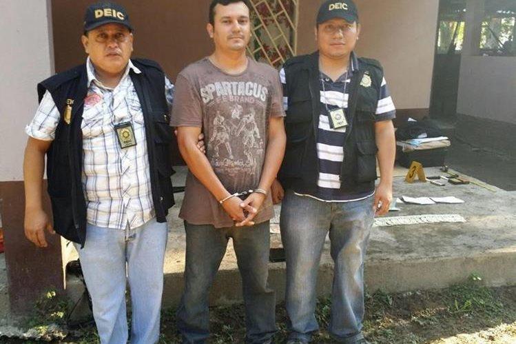 Dando Tovar fue apresado por la PNC acusado de múltiples asesinatos en Nueva Concepción Escuintla. (Foto Prensa Libre: PNC).
