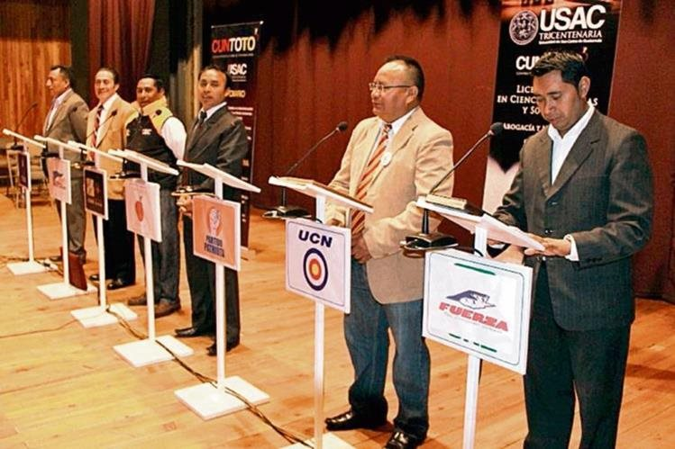 Los seis candidatos a la alcaldía, que asistieron al foro organizado por los universitarios.